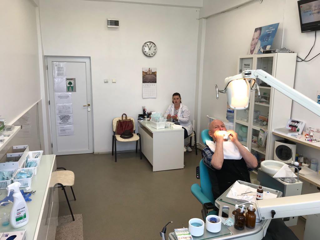 Servicii stomatologie pentru CMI Aftene Toni Cristian