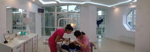 Dr. Alecsandrescu Stomatologie Pitesti Implanturi dentare Pitesti poza 11