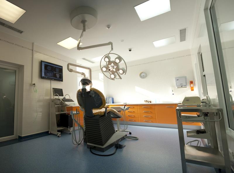 DENTAL ALEX - Clinca de Medicina Dentara poza 3