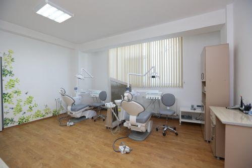Clinica stomatologica SaraDent poza 0
