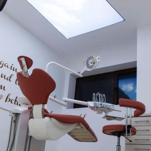 New Dental poza 0
