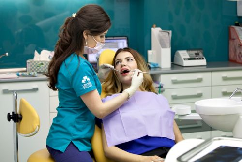 Crystal Dental Clinic poza 4