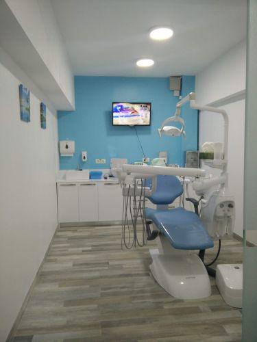 Csiszer Ana Maria Francisca Medic Dentist poza 0