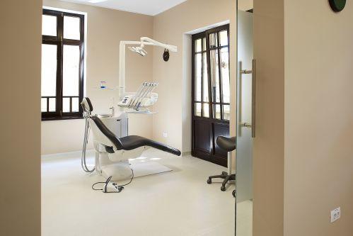 City Center Dental Clinique Brasov poza 1