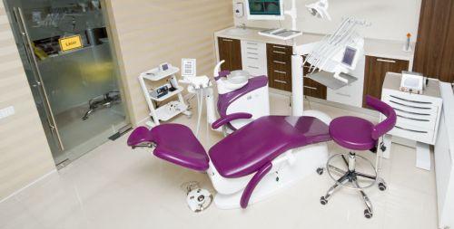 DENTESSE Clinici Dentare poza 3