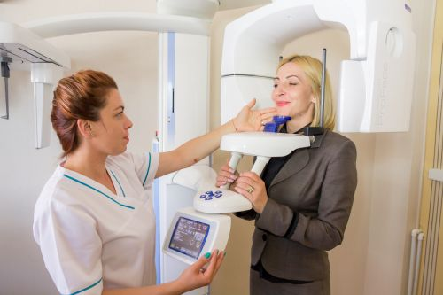 DENTESSE Clinici Dentare poza 2
