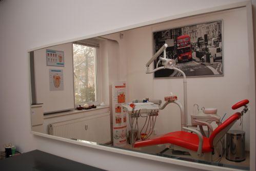 Clinica Stomatologica Dr Alina Gheorghiu poza 3