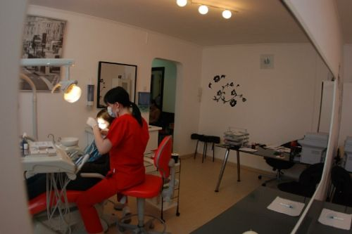 Clinica Stomatologica Dr Alina Gheorghiu poza 0