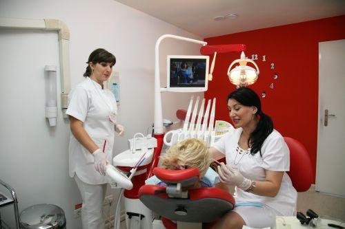 Clinica UNIDENT Tulcea poza 3