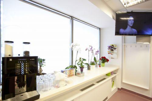 IVORY - clinica Dentfix poza 1