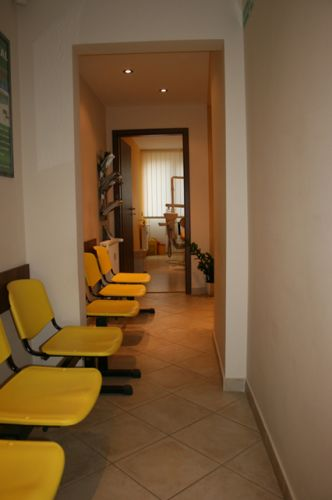 Professional Dental Care poza 1
