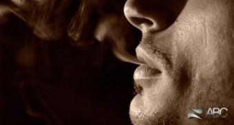 Cum afecteaza fumatul gingiile