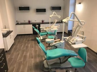 Imagine Inchiriez tura in cabinet stomatologic Cluj