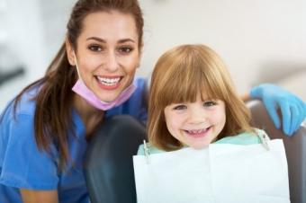servicii stomatologice detarbre de care puteti beneficia cu incredere