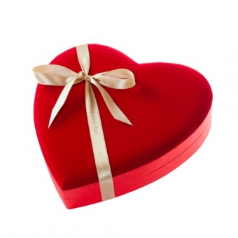 Imagine Reducere periaj profesional si albire dentara - Valentines day