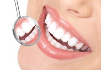Imagine Consultatie stomatologica gratuita